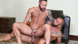 On the Prowl 1 - Scene 6: Juanjo Rodriguez, Sergi Rodriguez