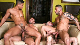 Men in the City - Skyline: Diego Lauzen, Wagner Vittoria, Antonio Miracle, Mario Domenech