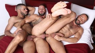 In The Flesh, sc. 6 - Antonio Miracle, Hugo Arenas, Alberto Esposito