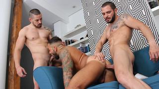 Skins: Birthday Cake - Sergi Rodriguez, Cody Banx, Karl Lion