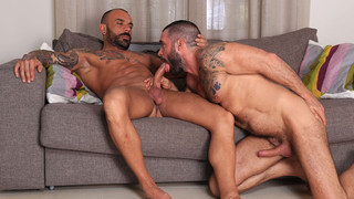 Horndogs, sc. 5: Cody Banx, Juanjo Rodriguez