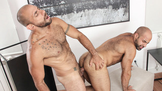 Casting Couch #396: Carlos Beltr�n, Jorge Leal