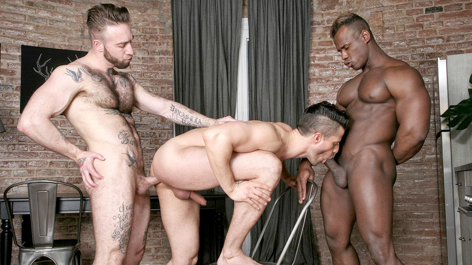 Born For Porn: Kris de Fabio, Ridder Rivera, Manuel Scalco