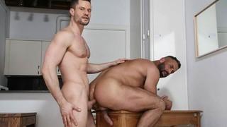 Dog Eat Dog: Kris de Fabio, Lex Anders