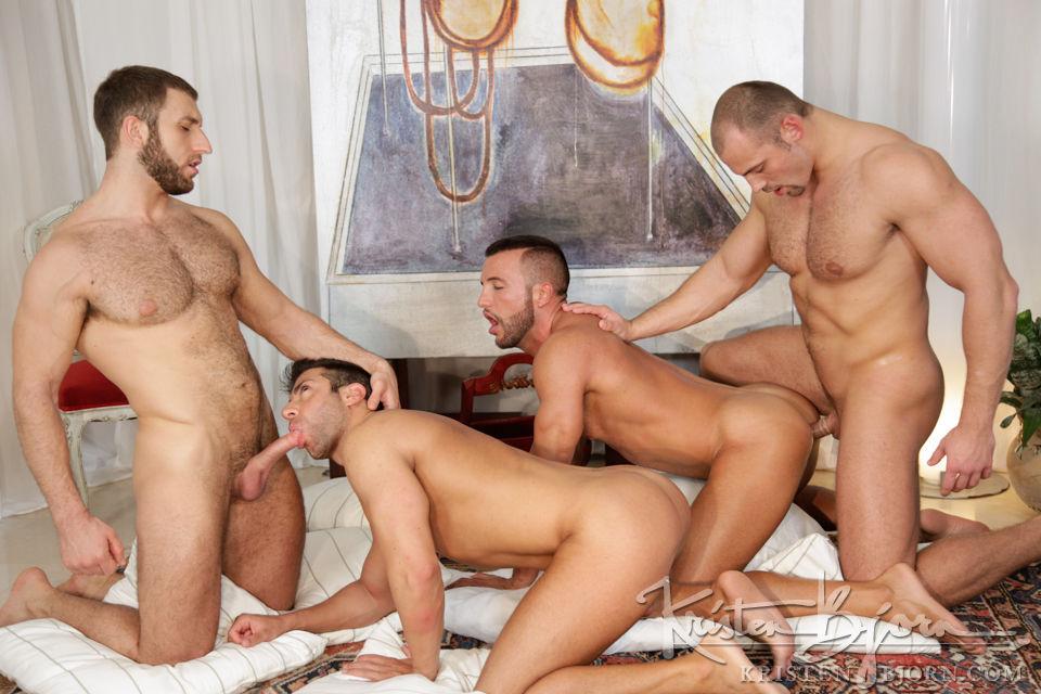испанское гей порно фото пацанов