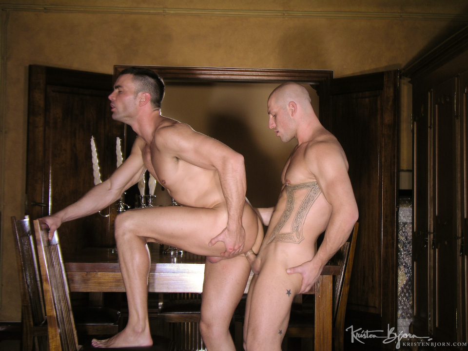 Casting Couch #85: Bruno Jones, Aitor Crash - Gallery