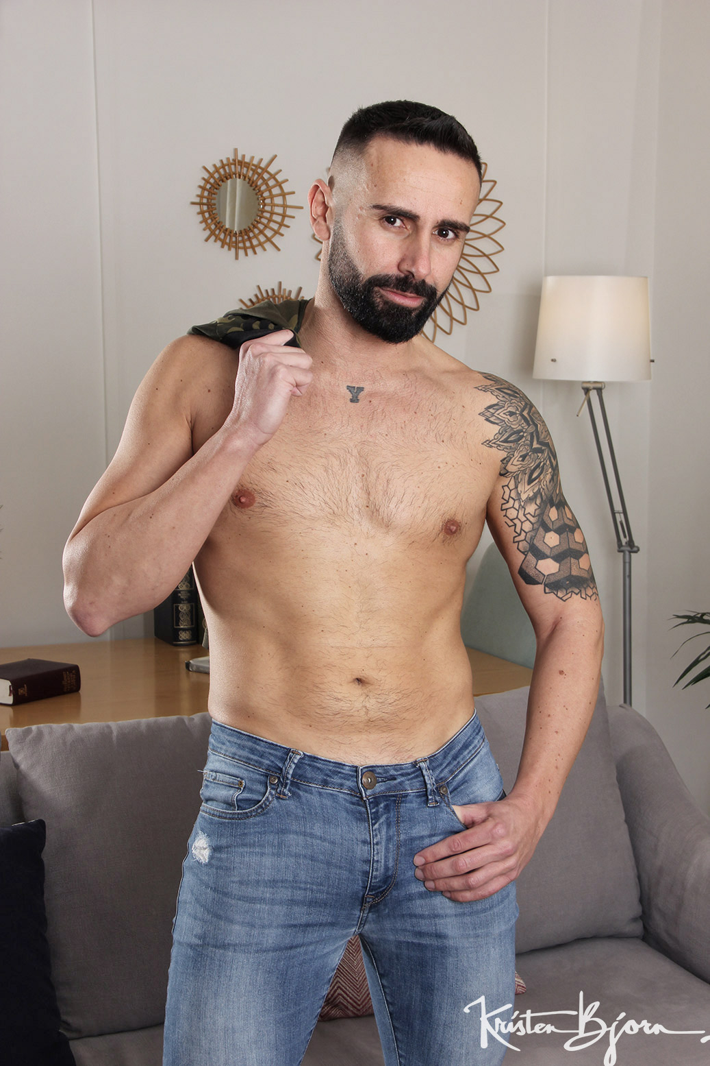 Casting Couch #441: Joel Win, Sir Peter - Gallery