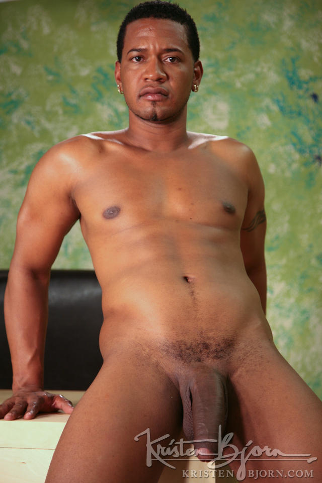 Casting Couch #113: Serge, Chinua - Gallery