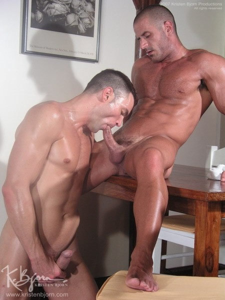 Casting Couch #6: Bruno Jones, Lorenzo - Gallery