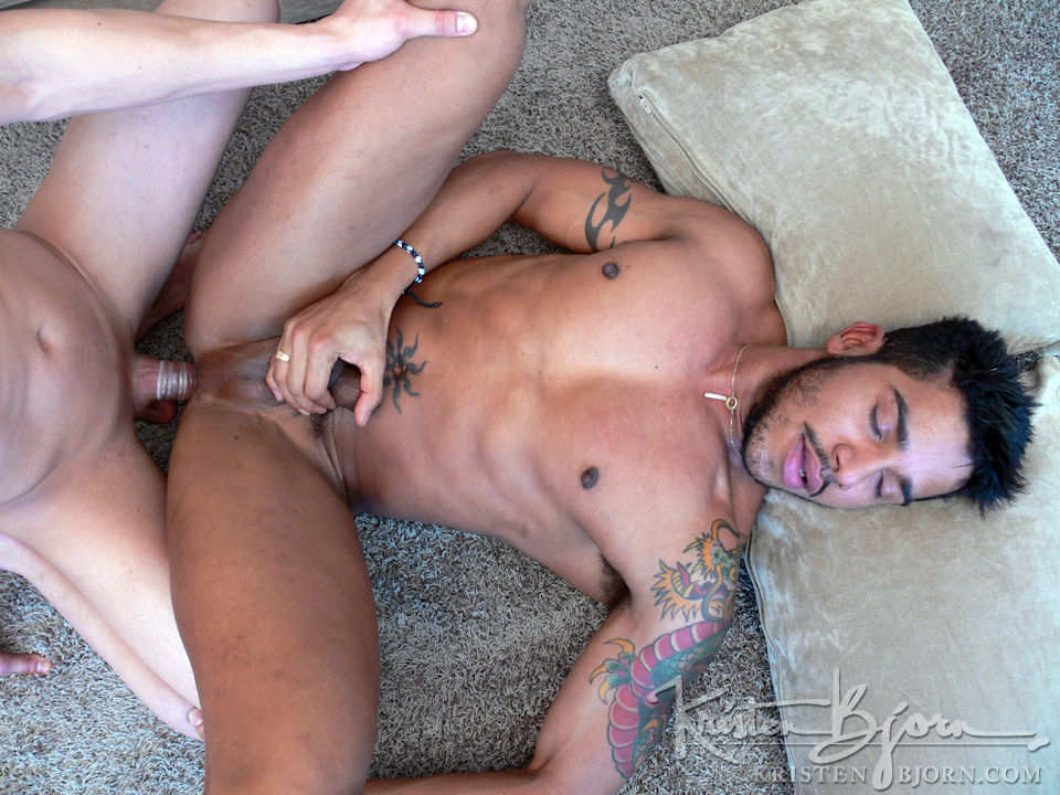Casting Couch #136: Luiz, Miguel Angel - Gallery