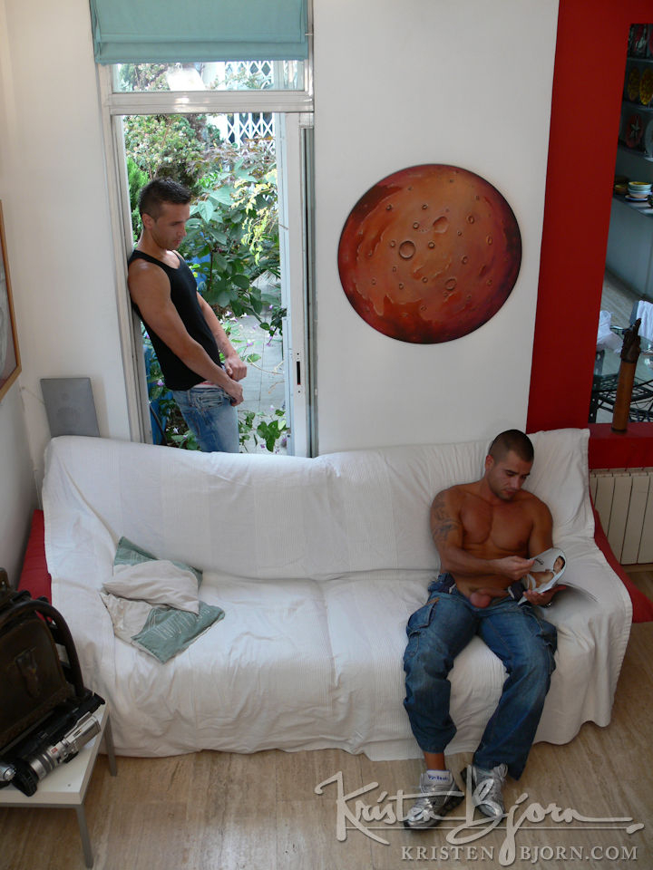 Casting Couch #137: Hugo Martin, David Dirdam - Gallery