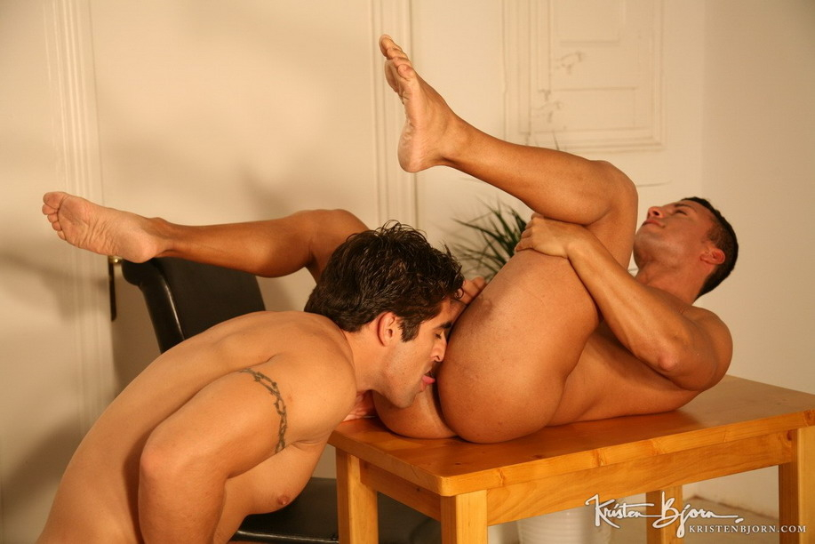 Casting Couch #15: Rocky De Oliveira, Andy - Gallery
