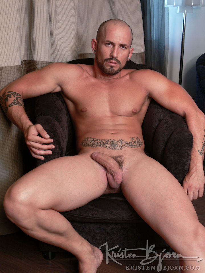 Casting Couch #227: Max Duran, Lucio Saints - Gallery