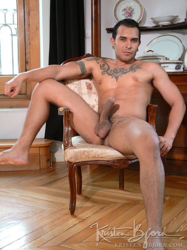 Casting Couch #242: Aitor Hoop, Lucio Saints - Gallery