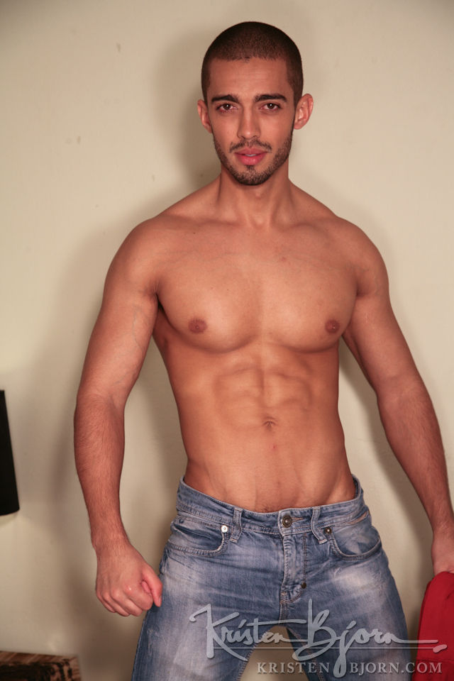 Casting Couch #250: Anderson Fox, Raul - Gallery
