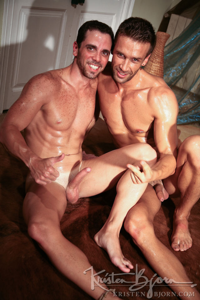 Casting Couch #255: Yule, Hugo Martin - Gallery