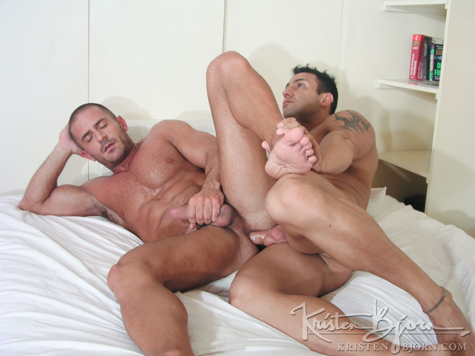 Casting Couch # 35: Lorenzo, Mauro Max - Gallery