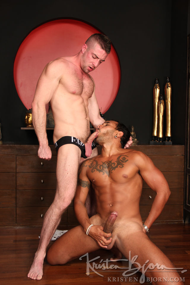 Casting Couch #299: Lucio Saints, Scott Hunter - Gallery