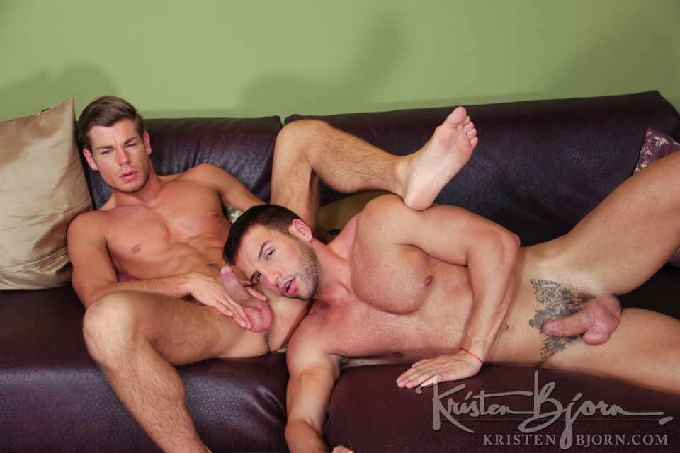 Casting Couch #301: Donato Reyes, Toby Dutch - Gallery