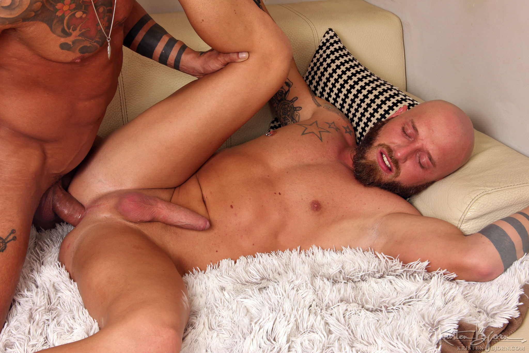 Casting Couch #355: Jay Moore, Juanjo Rodriguez  - Gallery