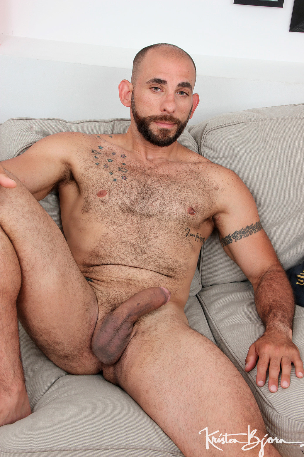 Casting Couch #389: Victor Rusmen, Jorge Leal - Gallery