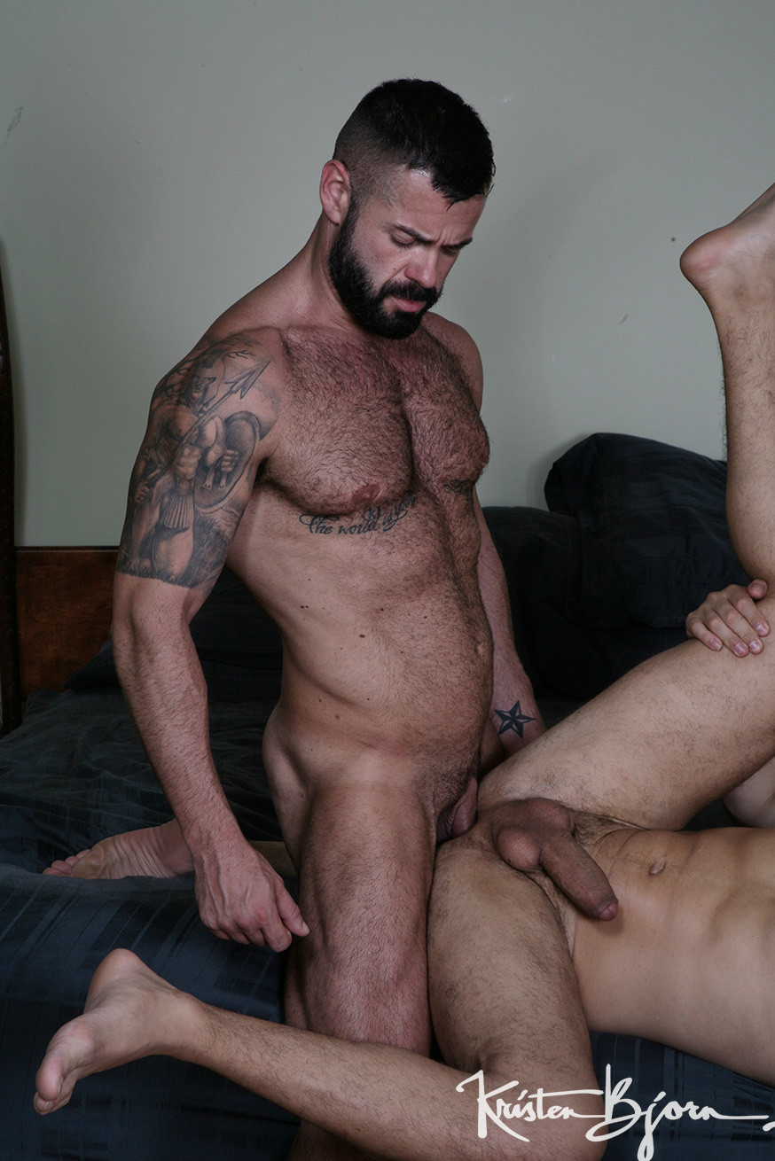 Casting Couch #391: Victor D'angelo, Apolo Fire - Gallery
