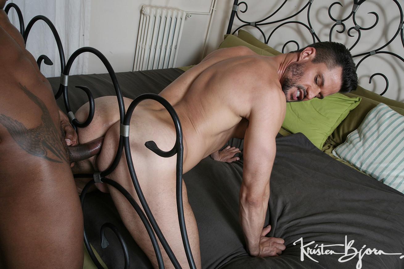 Casting Couch #394: Kris de Fabio, Santi Sexy - Gallery