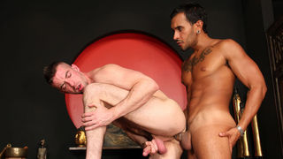 Casting Couch #299: Lucio Saints, Scott Hunter
