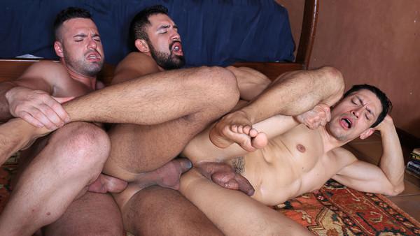 Horndogs, sc. 4: Gabriel Lunna, John Rodriguez, Gabriel Taurus