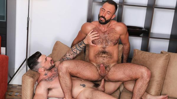Horndogs, sc. 7 - Xavi Garcia, Sergio Moreno